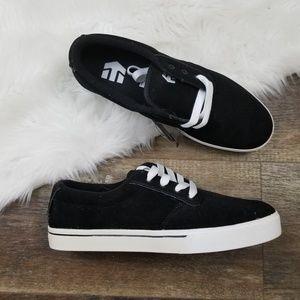 Etnies Jameson 2 Black Suede Skate Shoe 10.5